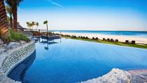 JA Palm Tree Court & Spa – lapsiperheille, jotka haluavat lomallaan luksusta.