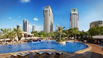 Habtoor Grand Beach Resort & Spa – vain aikuisille.