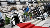 Crown Plaza Royal Terrace – yksi suosituista romanttisista hotelleistamme.