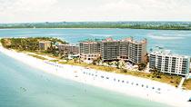 Pink Shell Beach Resort – perhehotelli hyvillä lapsialennuksilla.