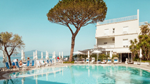 Grand Hotel Riviera – vain aikuisille.