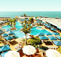 Lapsiystävällinen hotelli Servatur Puerto Azul.