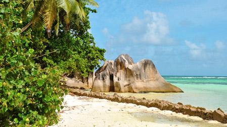 Yhdistele saaria Seychelleillä